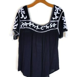 Tops - Black White Rayon Gauze Peasant Shirt Sleeve Top M
